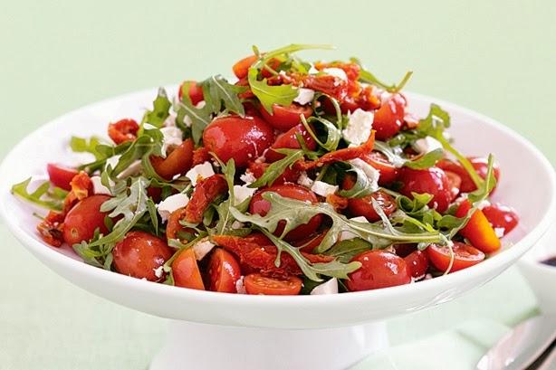 Салат с помидорами и перцем фото