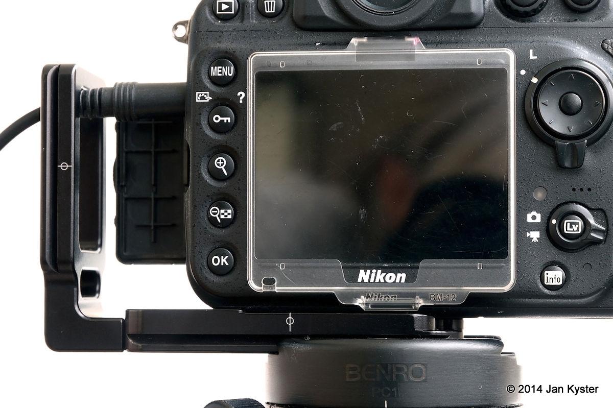 Hejnar ND800 MLB slid off Nikon D800 side / center mark detail