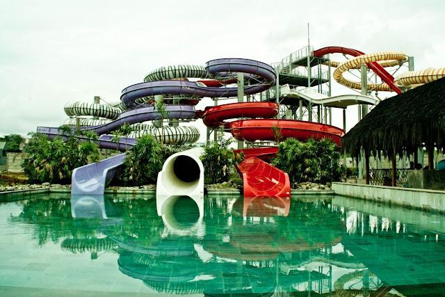 Bugis Waterpark, Wahana Air Terbesar di Indonesia Timur