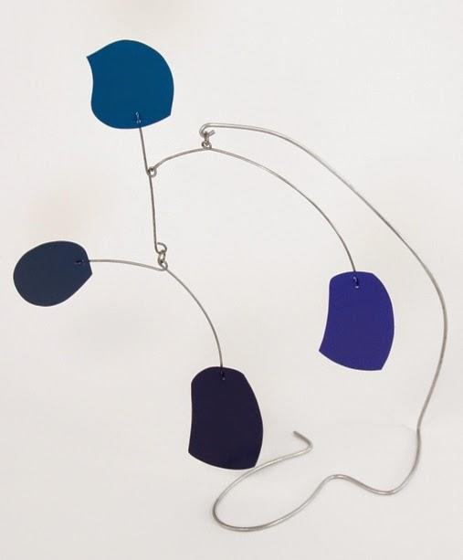 blue skål - stabile by mark leary