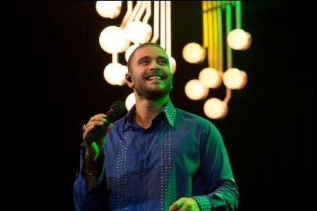 Ilha Verão 2014 promoverá dezesseis grandes shows gratuitos - Diogo Nogueira