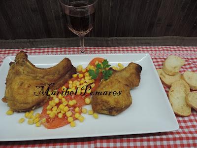 Chuletas De Cerdo Empanadas Con Pan Rallado De Queso, Ajo Y Perejil, Rellenas De Queso.