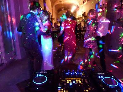 http://www.melodiaeventmanagement.com/dj-parties/