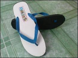 tuju kasut permainan masa kecil