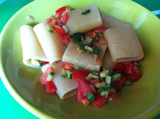 paccheri pomodoro fresco e zucchine