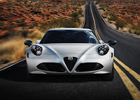 Alfa Romeo 4C Launch Edition (2013) Front