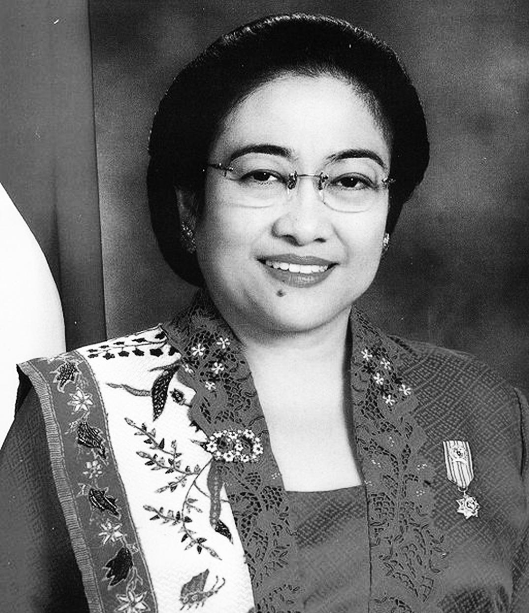 Presiden Megawati Soekarnoputri hitam putih