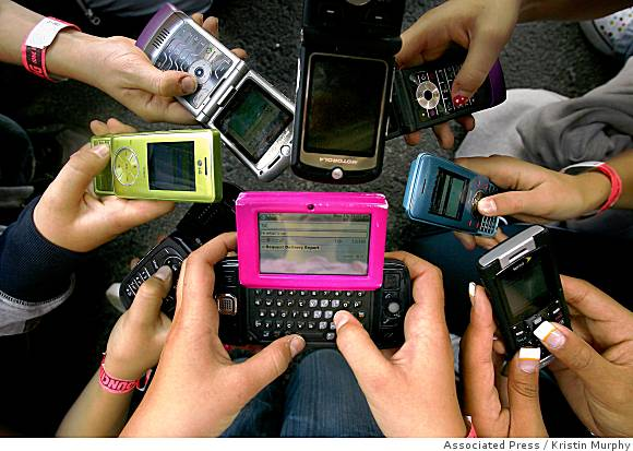 good and bad effects of technology on society