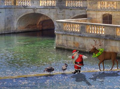 Le Père Noël dans les jardins de la fontaine à Nîmes