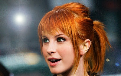 Hayley Williams Cute Wallpaper