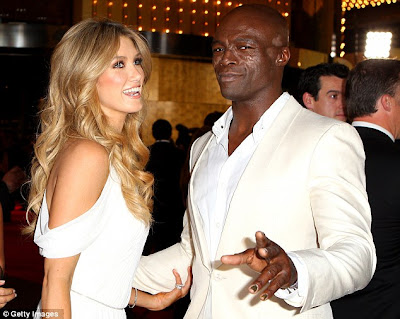 Seal And Newly-Single Delta Goodrem Kisses Passionately At 2012 Logie Awards 1