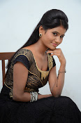 Neethu sizzling photos gallery-thumbnail-1