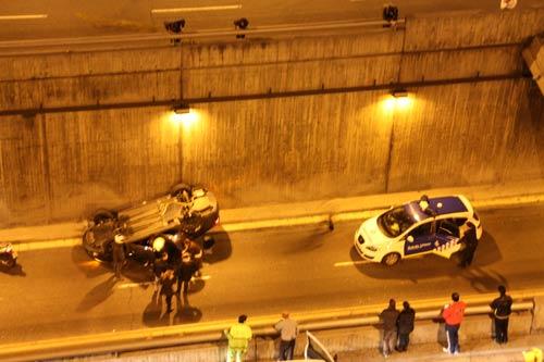 accidente y policía