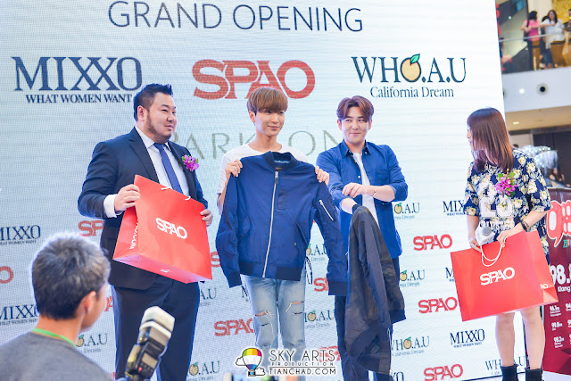 SPAO jacket as gifts for LeeTeuk and KangIn