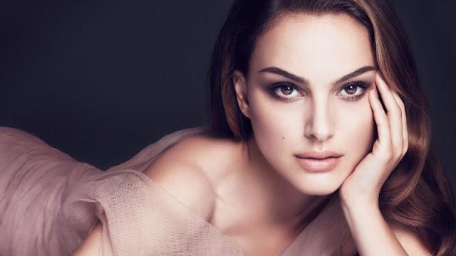 Natalie Portman hot sexy pics