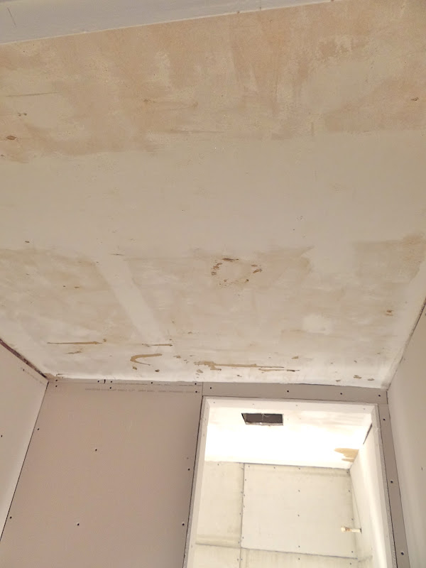 One Project At A Time Diy Blog Skim Coating A Ceiling