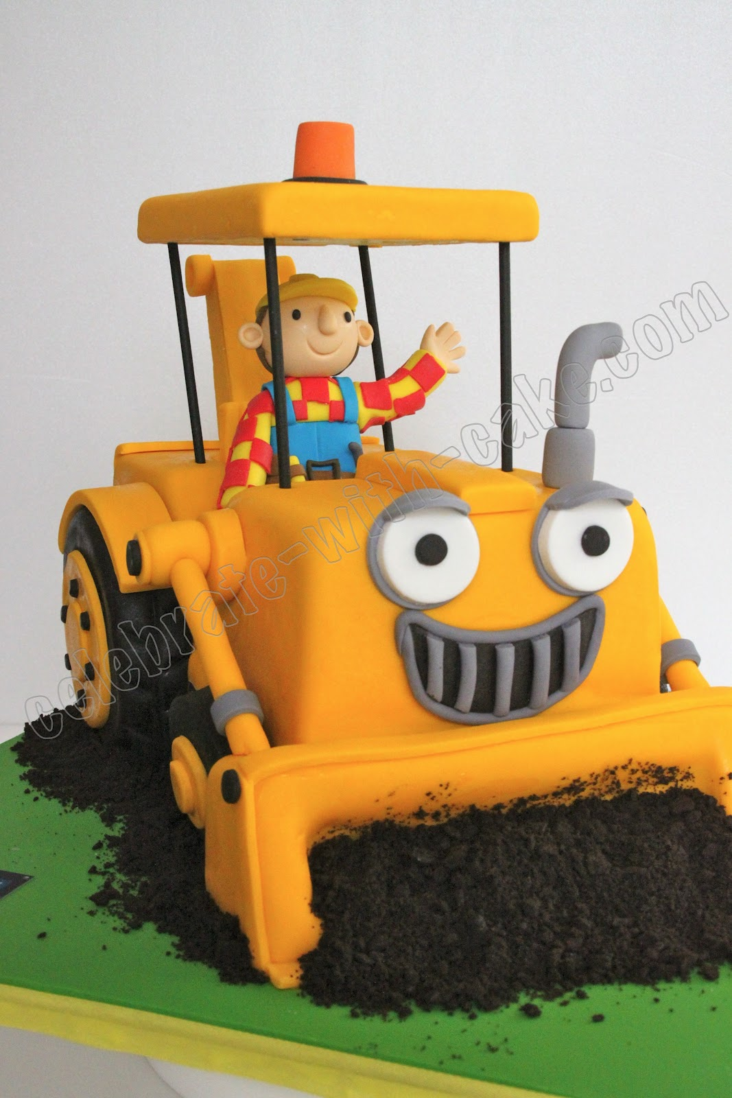 Celebrate With Cake Bob The Builder Scoop Cake