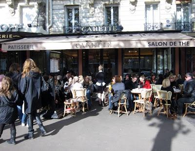 Paris breakfasts carette for Salon uv paris