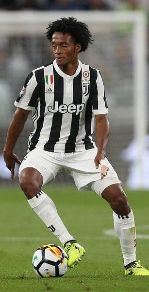 Cuadrado volvió a marcar en Italia. Un gran jugador cuyo talento no se dimensiona