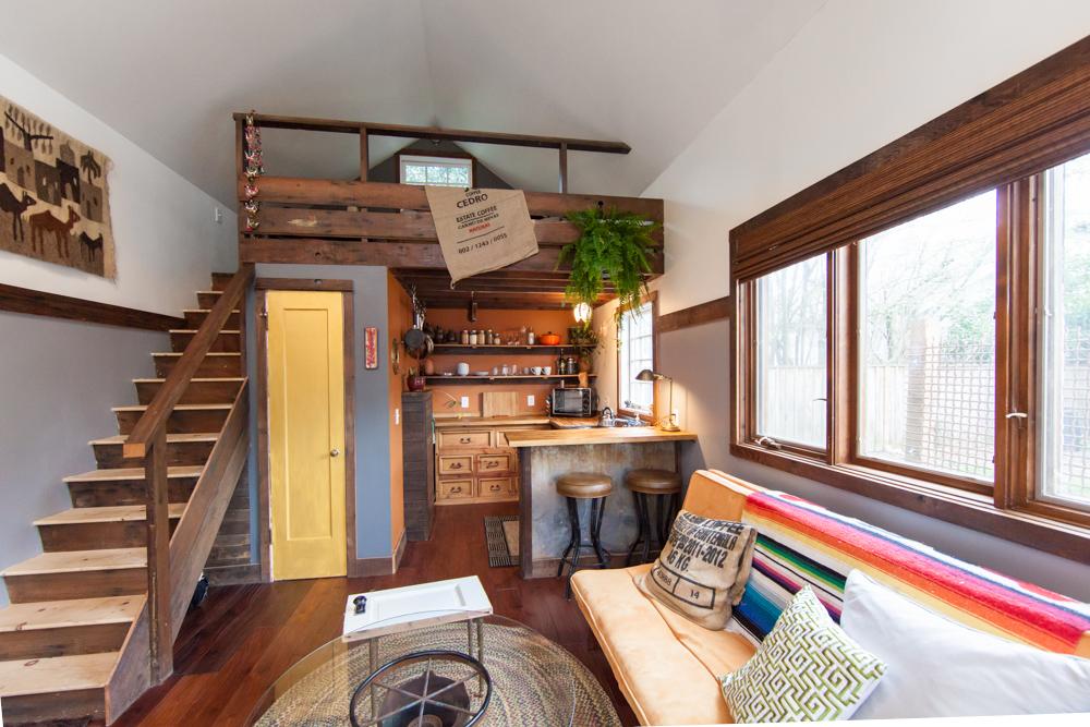 Platz ist in der kleinsten Hütt - Holzhütte zum Selbermachen aus wiederverwendeten Materialien