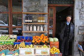 """""""Όπου και να ταξιδέψω η Ελλάδα με πληγώνει"""" Γιώργος Σεφέρης [1900-1971]"""