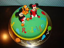BOLO MICKEY MINNIE PLUTO