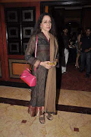 Photos: Kajol, Hema & Juhi at Tanisha play premiere