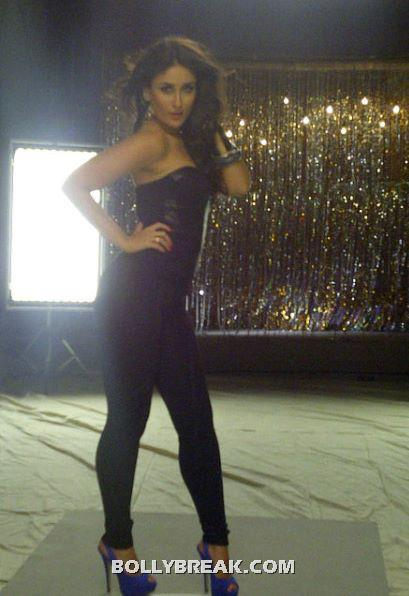 Kareena Tight Black Pants Heroine movie - Ass Show - (4) - Kareena Kapoor Heroine Movie Silver Short Dress Hot Pics