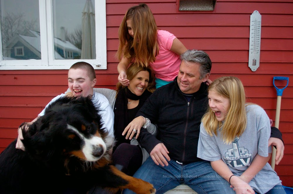 amesbury single parents Support for parents who adopt from foster care subsidies, services, and training are available to help parents and children throughout the adoption process.