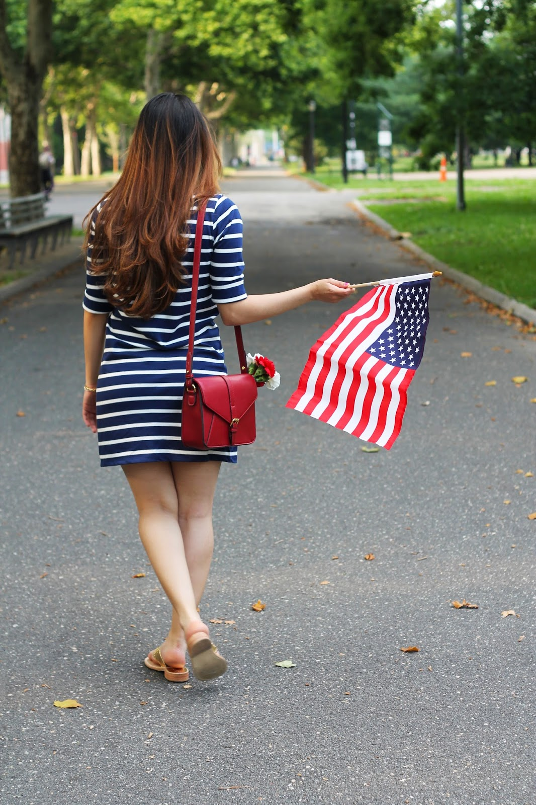 latina, girl, dominican, dominican blogger, fourth of july, 4th of july, july fourth, july 4th, american, patriotic, stars, stripes, red, white, blue, gold, holiday, summer, oldnavy, jack rogers, lovemyjacks, marshalls, fabfound, crew, hm, aldo, accessories, aldo accessories,fun, cool, fashion, blogger, petite, woman, teen, women, outfit, ootd, american flag, sandals, dress, navy blue dress with white stripes, bracelets, purse, new york, weekend, friday, tgif, niece, ny, new york city, style, inspo, park, july