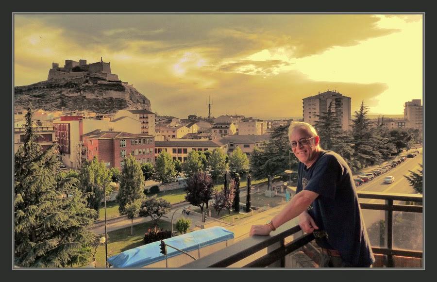 MONZON-CASTILLO-PAISAJES-HUESCA-ARAGON-HOTEL-VIAJES-ESPAÑA-PINTOR-ERNEST DESCALS