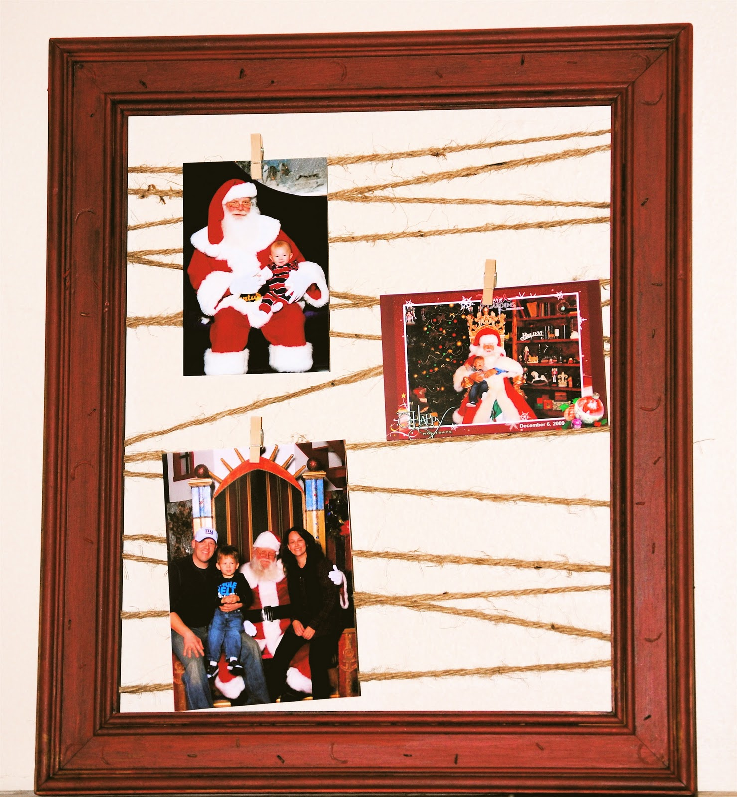 Photo Display for Santa Pictures using a Picture Frame and Jute