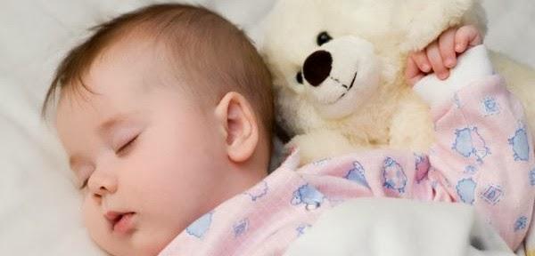 شيلوني شويه شويه مامي تعبت baby-sleeping-600x28