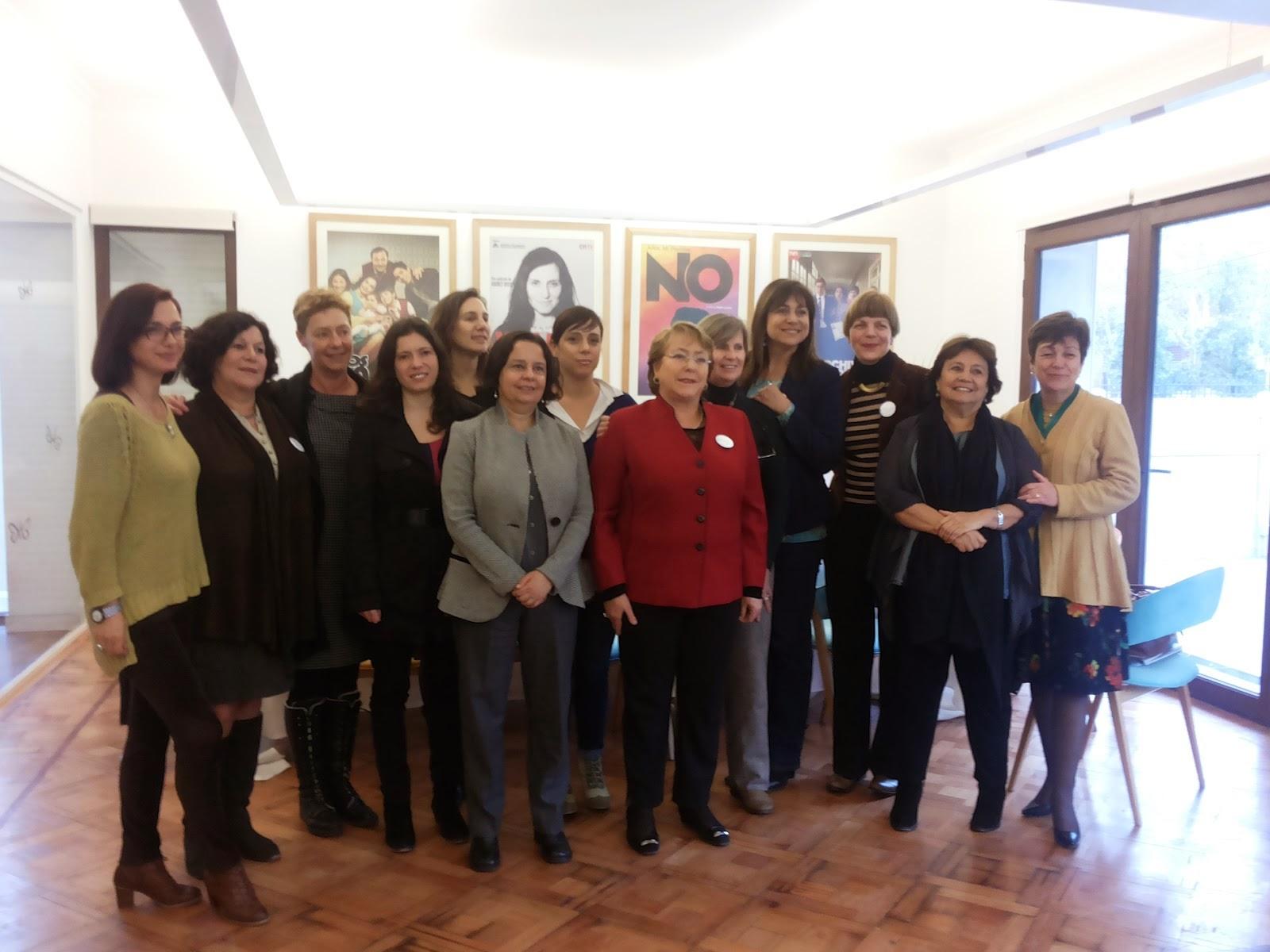 Colegio de Periodistas participa en debate sobre Mujeres, Cultura y Medios convocado por la Presidenta de la República