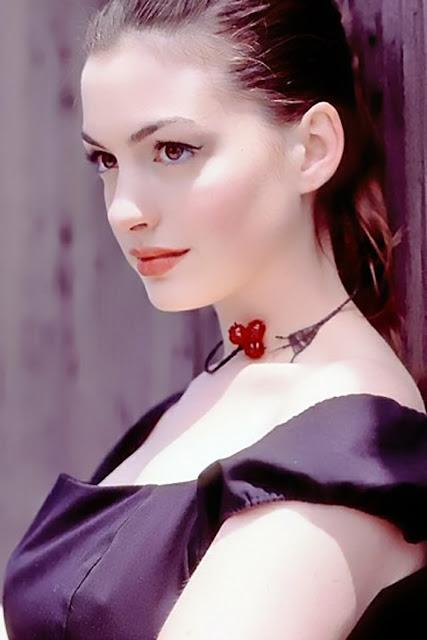 Anne Hathaway Bangs Hair. 2010 Anne Hathaway braves rain