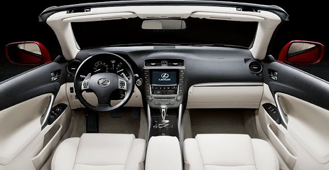 Interior view of 2013 Lexus IS350 C