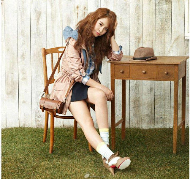 Galeri Foto Terbaru Song Ji Hyo untuk Majalah (30 Pict)