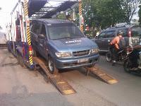 Pengiriman Isuzu Panther (171)Semarang ke Jakarta