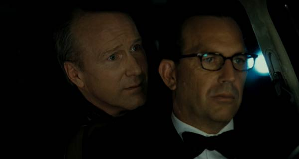 William Hurt and Kevin Costner in Mr. Brooks