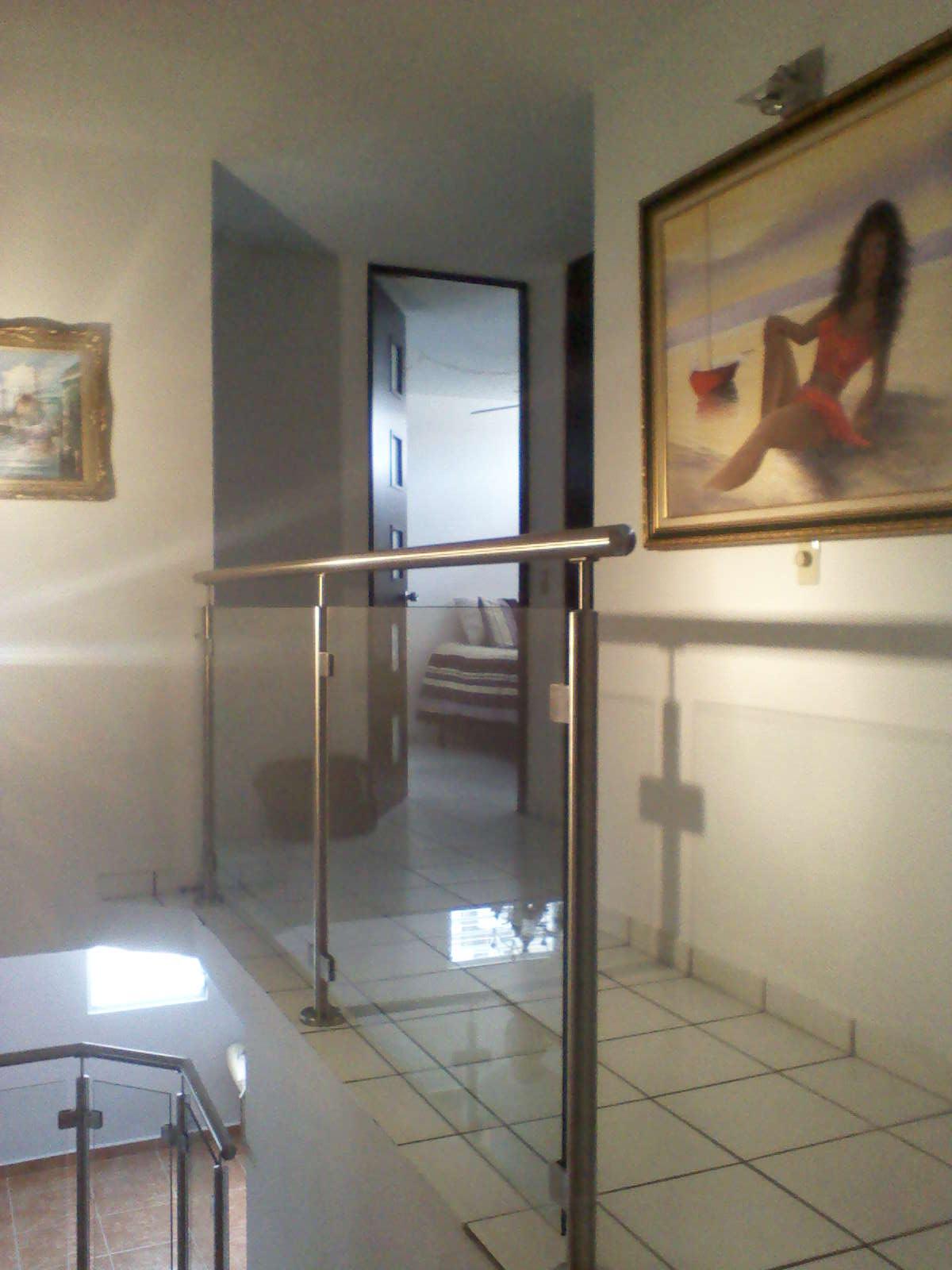 Puertas De Baño En Cristal Puerto Rico:Cristaleria Internacional: Pasamanos en Stainless Steel con Cristal
