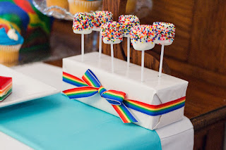 Rainbow Sprinkles Marshmallow Pops