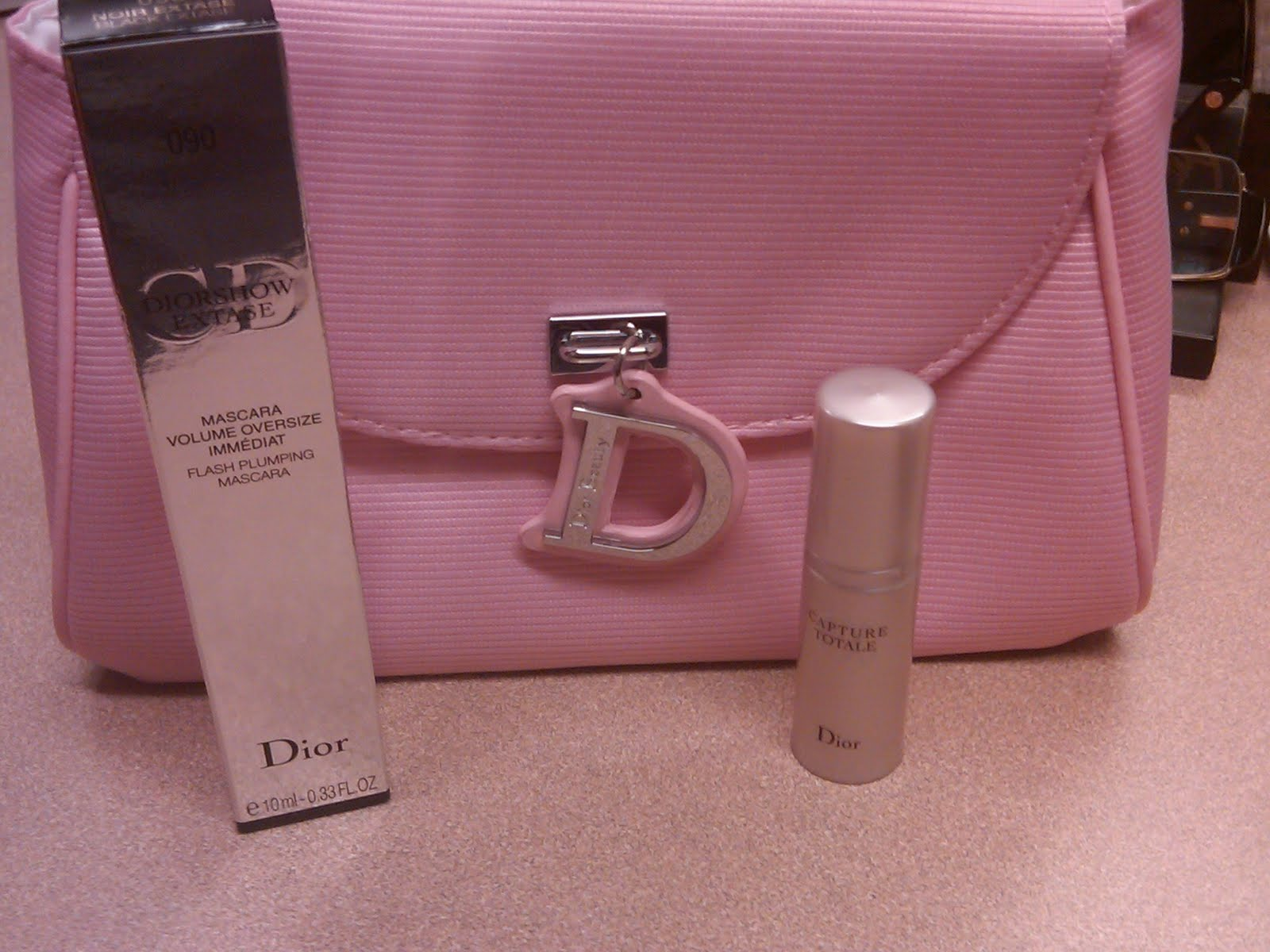 The Makeup Detective: Dior Diva Rewards Gift has Arrived!