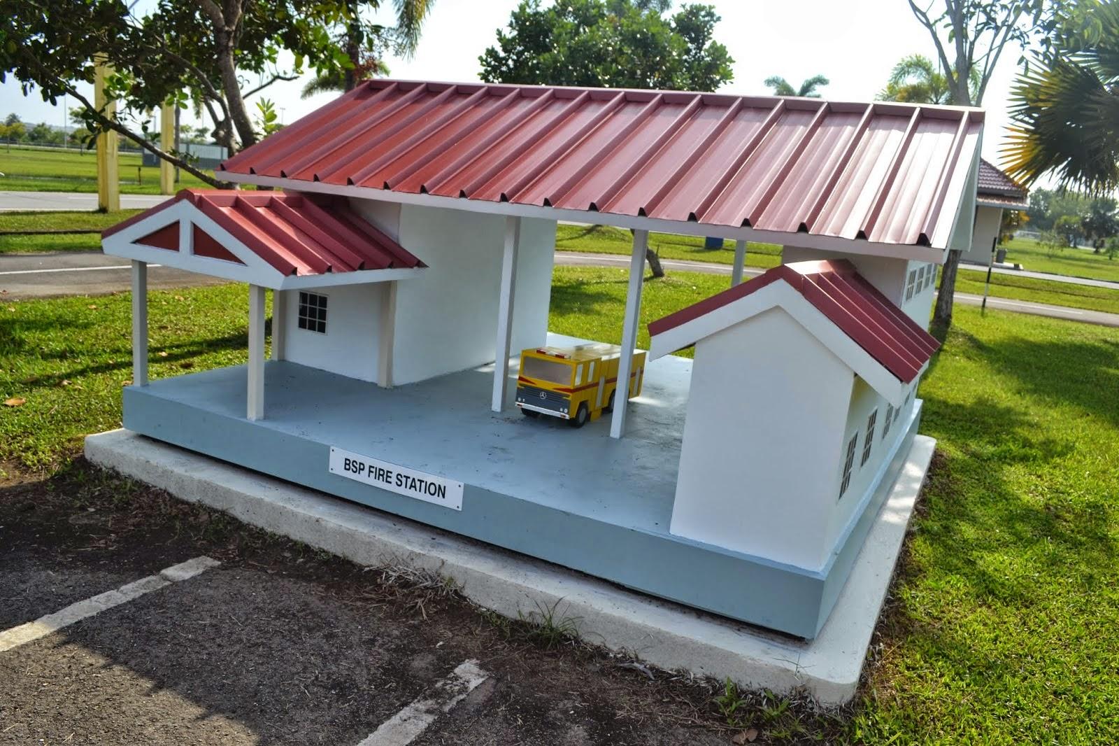 Replika Balai Bomba di Kuala Belait