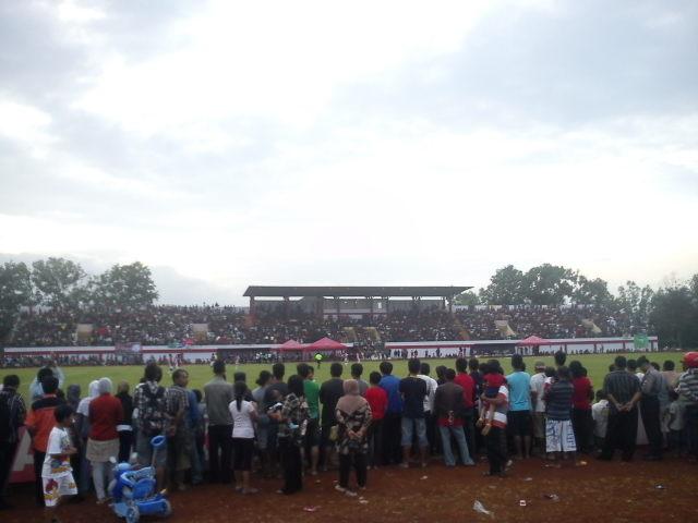Inilah Stadion MENAK SOPAL Trenggalek