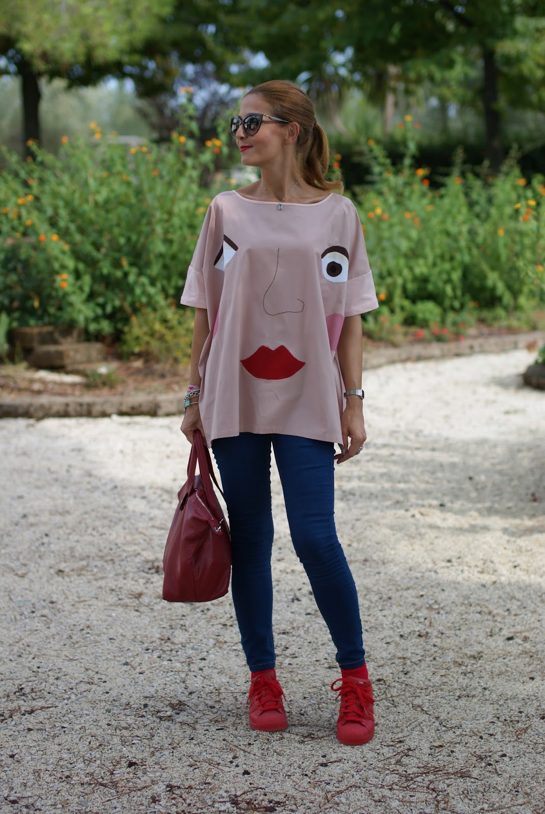 Rose a Pois blouse, skinny jeans and Longchamp Le Pliage cuir bag on Fashion and Cookies fashion blog, fashion blogger style