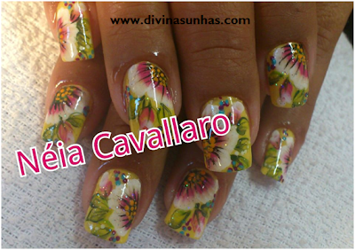 10 FOTOS DE UNHAS DECORADAS COM NEIA CAVALLARO8
