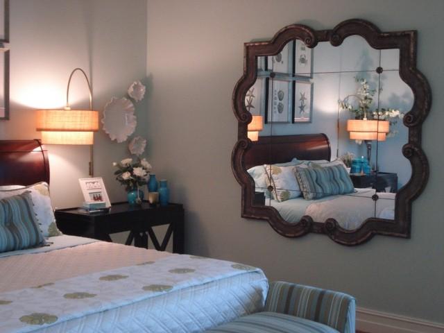 Gương trong phòng ngủ khiến con người có cảm giác bất an, lo lắng