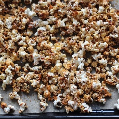 Popcorn w karmelowej skorupce