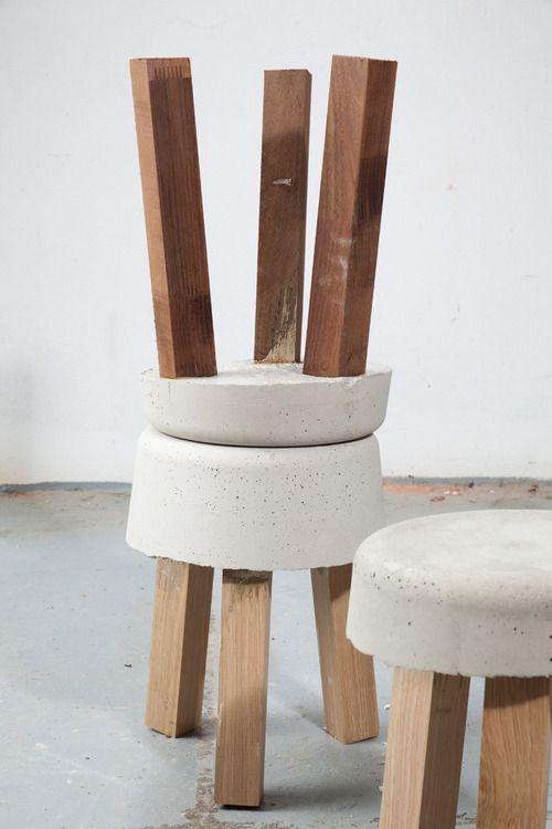 Banco com assento de concreto