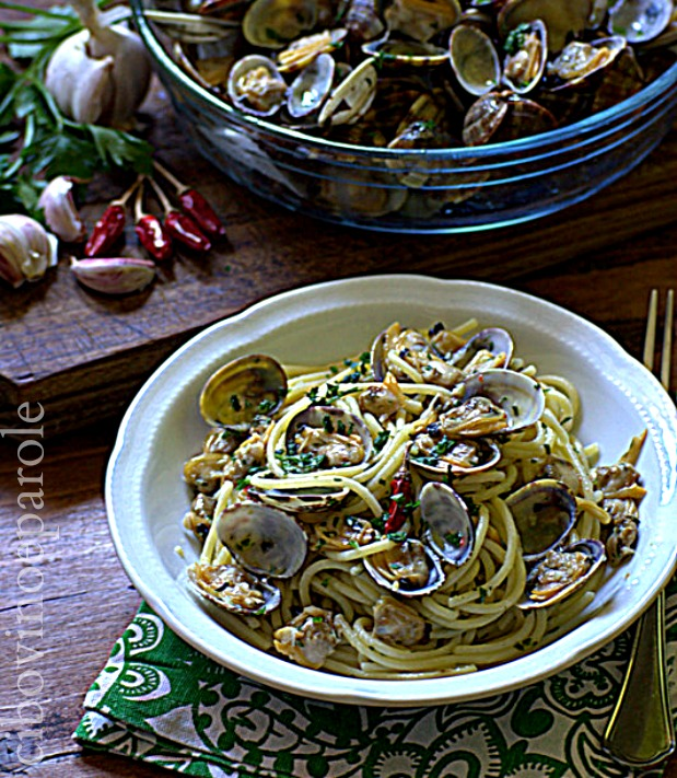 Spaghetti alle vongole .ricetta